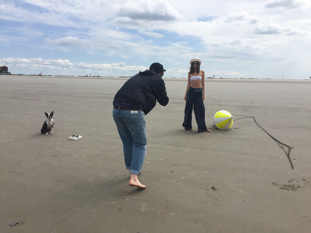 EARLY Lookbook Shoot 2017 Nicola Krämer, Franziska Brothun, Marc Krause Photography, Malaika Girke Creammodels, Seaside, Beach, Nature, Boston Terrier