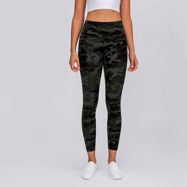 Seamless Green Camo Leggings