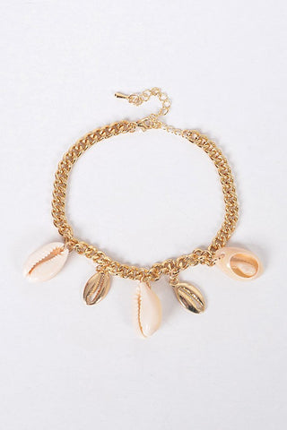 Gold Seashell Pendant Adjustable Bracelet