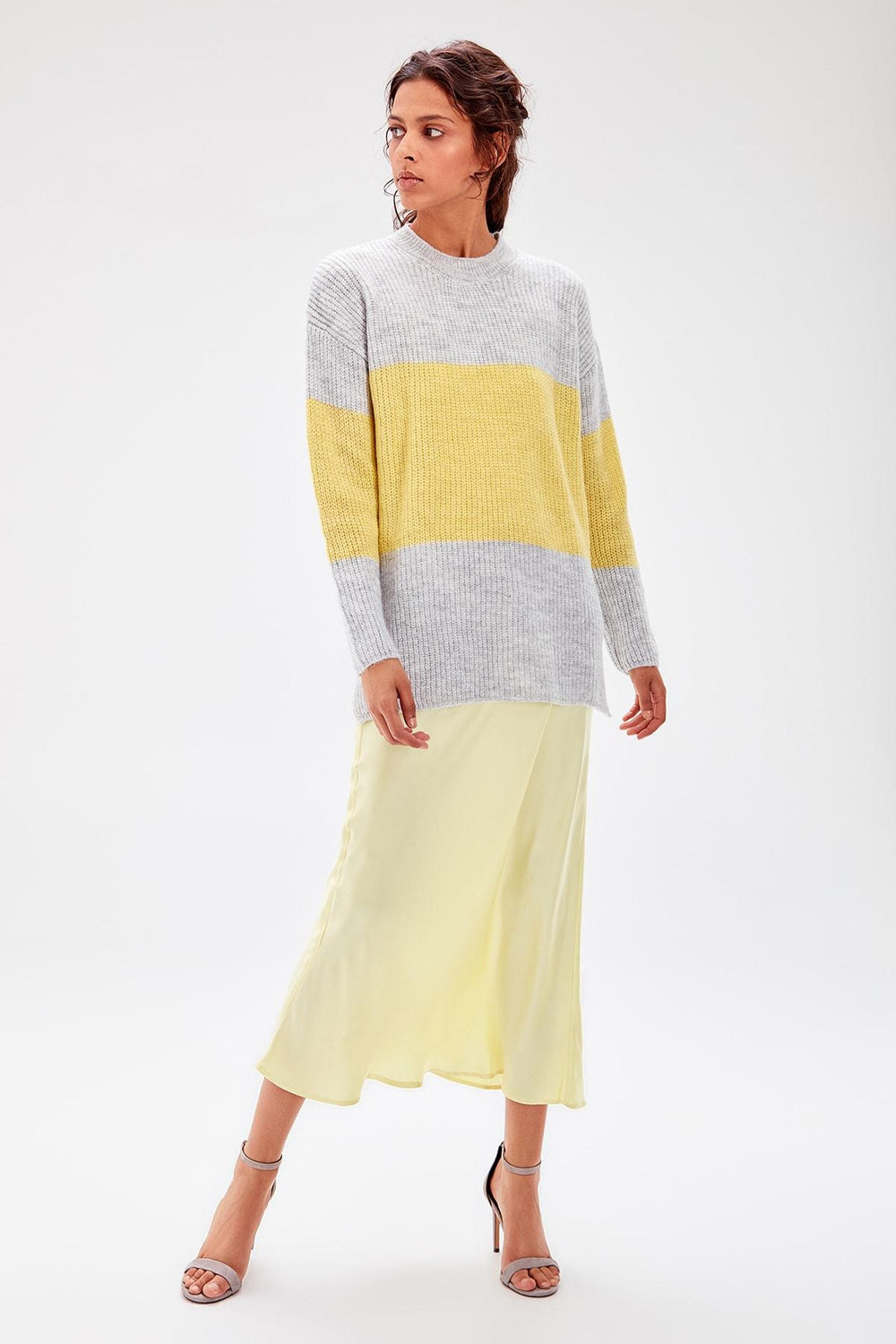 Gray Colorblock Sweater - Top Maxy