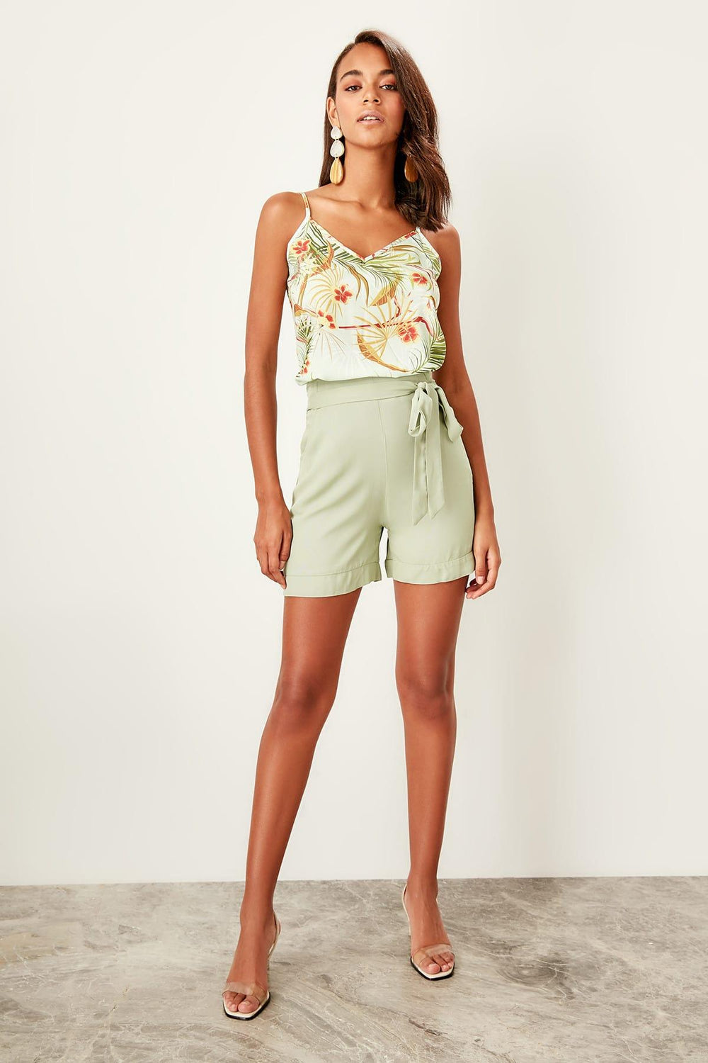 Mint Lacing Detaylı Shorts - Top Maxy