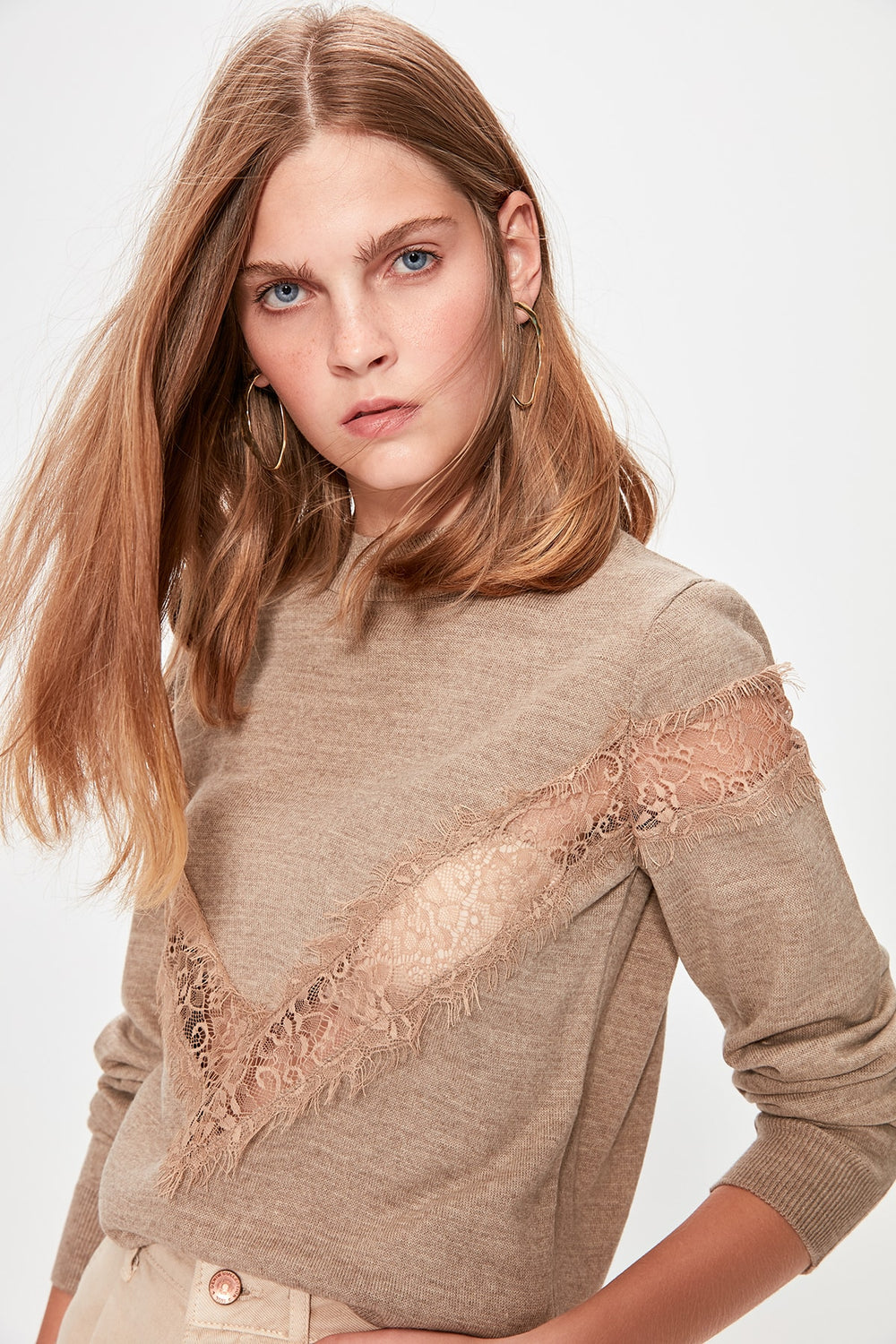 Beige Lace Detail Sweater - Top Maxy