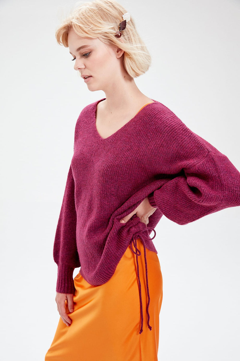 WOMEN-Plum Red V-Neck Lacing Detailed Knitwear Sweater - Top Maxy