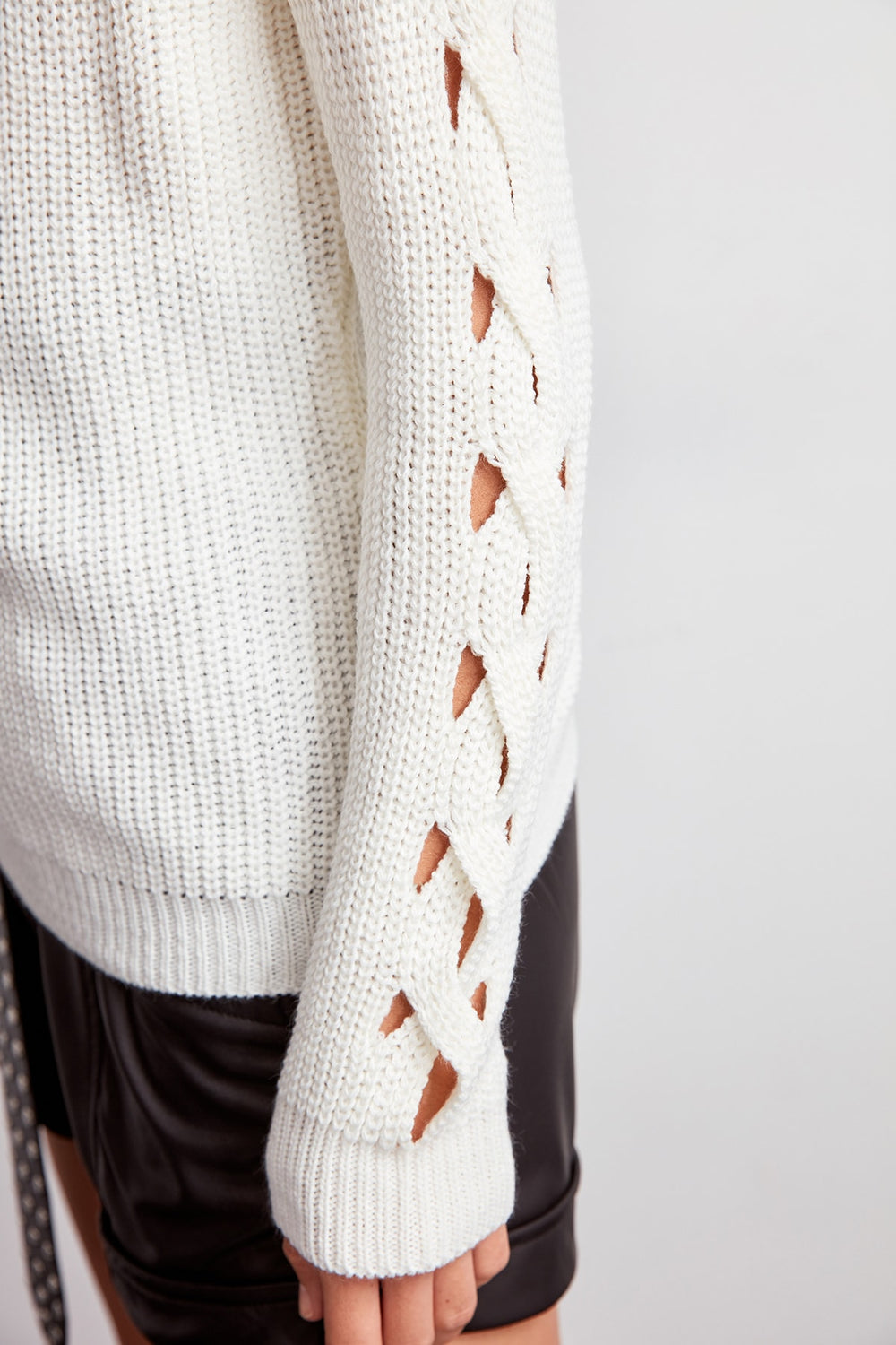 WOMEN-Raw White Sleeve Detail Sweater - Top Maxy