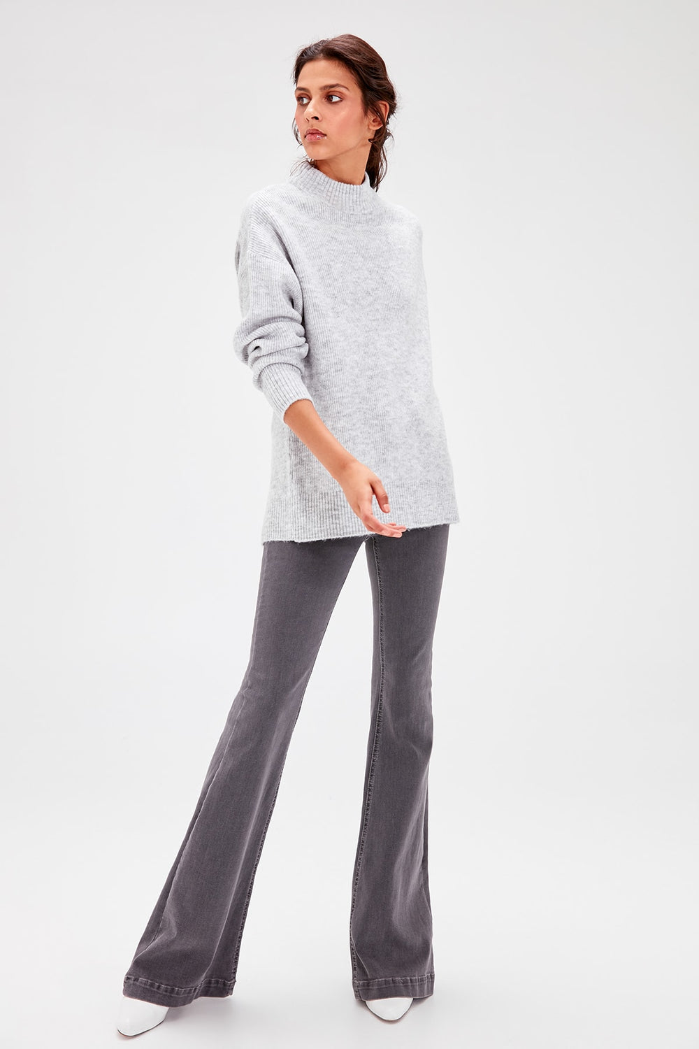 Gray Back Low-Cut Sweater - Top Maxy