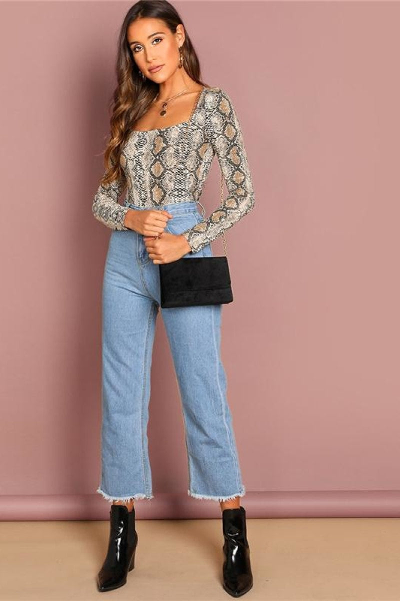 Elegant Snake Pattern Square Neck Pullovers Tee - Top Maxy
