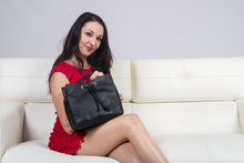 Load image into Gallery viewer, Viatu Leather Tote/Shoulder Bag