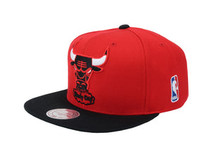 Mitchell & Ness Chicago Bulls XL Logo 2tone Red/Black Men Adjustable Snapback Cap