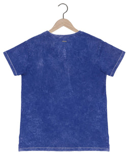Mineral wash v-neck t-shirt in royal blue Top DE LA COMMUNE