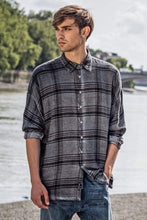 Load image into Gallery viewer, Parson plaid drop shoulder shirt in slate grey Top DE LA COMMUNE