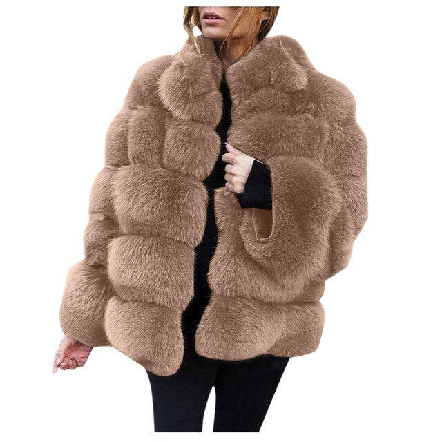 Plus Size Faux Fur Coat Women Winter Fur Jacket Black Vintage Lady Warm Fluffy Faux Jacket Coats Short Womens Clothes