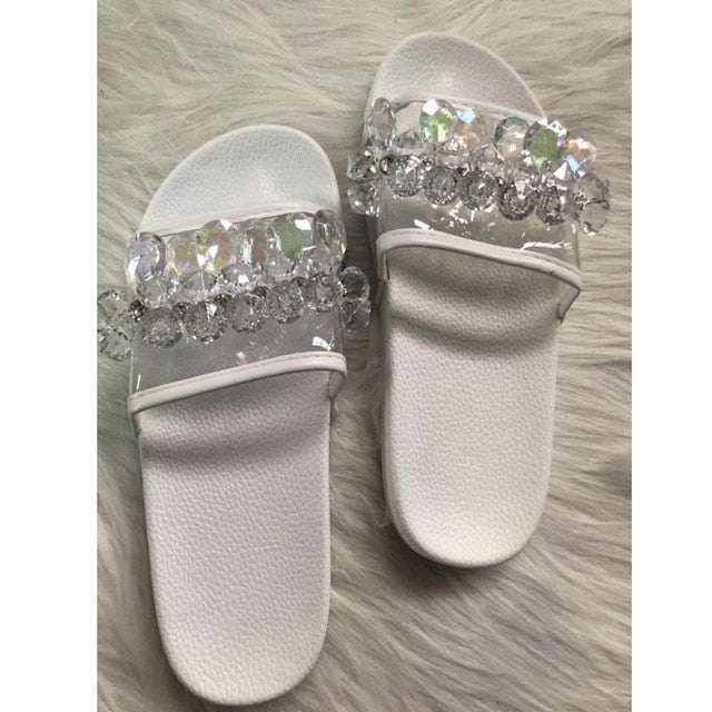 Vabadus Fashion Crystal Flat Sandals Women Slippers Bling Casual Ladies Jelly Shoes Rhinestone Beach Summer Glitter Slides yl719
