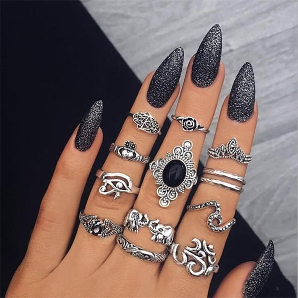10PCS/Set Vintage Antique Silver Moon Heart Ring Set Crown Opal Stone Finger Midi Rings Set for Women Boho Jewelry Gift