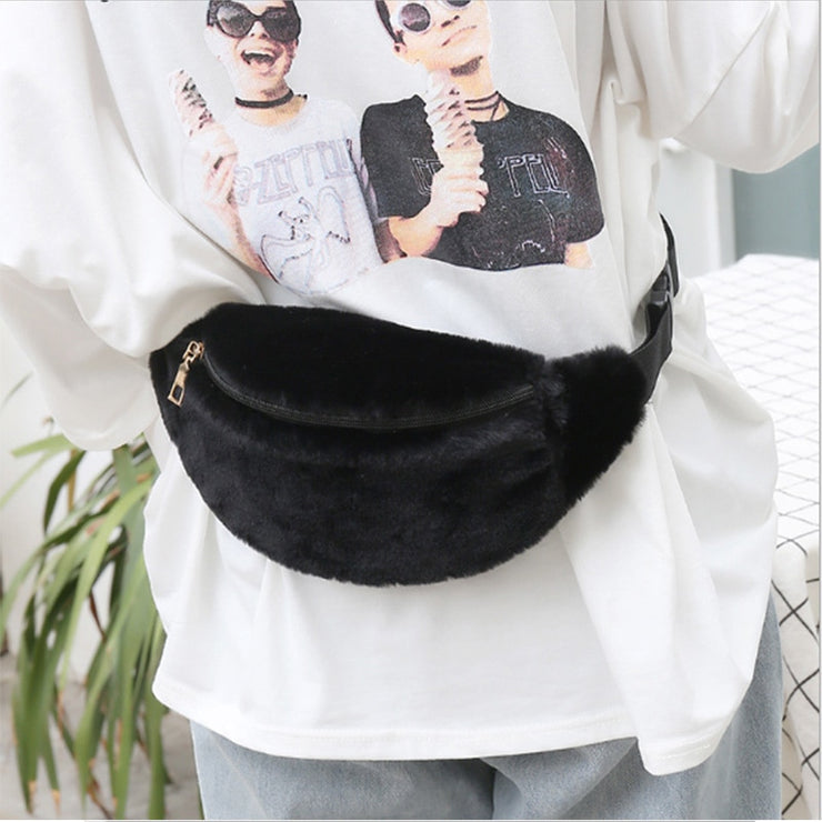 Women Waist Bag Artificial wool Fur Chest Bag Casual Belt Fanny Pack Winter Backpack Female Travel Zipper Bum Pouch Leg BagsA235