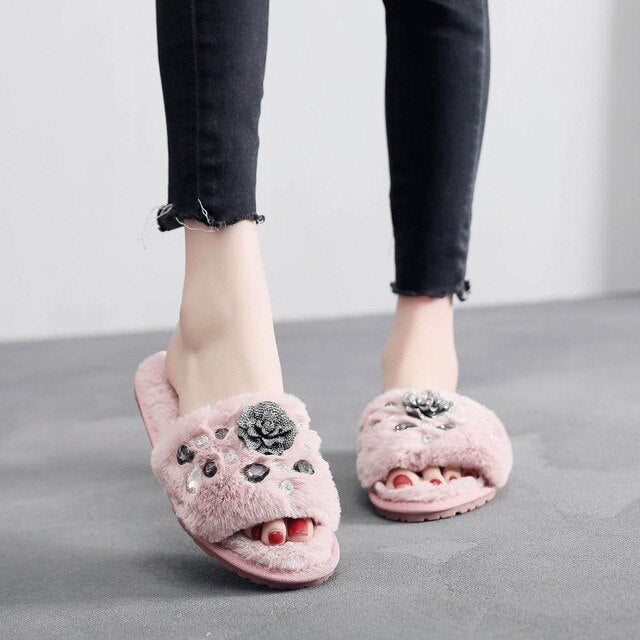 Luxury Women Slippers Indoors Shoes Winter Rhinestone Soft Warm Home Slippers Woman Peep Toes Non Slip Short Plush Female ShoeDE