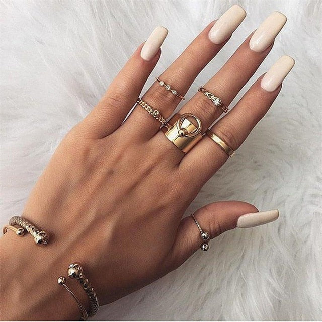 6 Pcs/set Boho Vintage Hollow Heart Bead Pendant Crystal Gold Ring Set Women Personality Knuckle Ring Simple Jewelry Gift