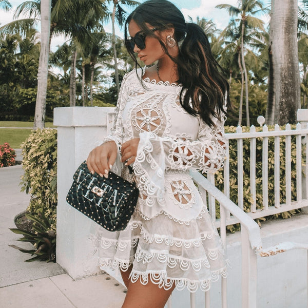 High quality sexy white black A word mini dress 2019 new women's elegant long sleeve lace dress celebrity party dress Vestidos