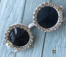 Load image into Gallery viewer, Round Eyewear Mirror Lens Flower Design sunglasses - Rave Alien