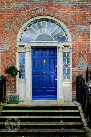 Georgian Door. O' Connell House, Merrion Sq.