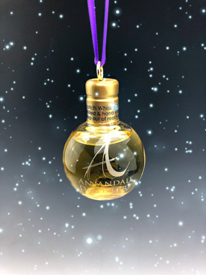 Man O'Words - Whisky Bauble