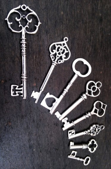 Antiqued Silver Skeleton Keys