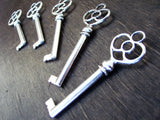 2.4 inch Antiqued Silver Skeleton Keys