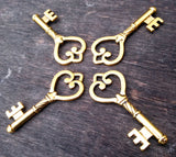 1.8 inch Antiqued Gold Skeleton Key