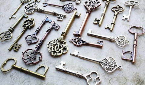 Assorted Antiqued Silver, Bronze, and Copper Skeleton Keys 2-3.5""