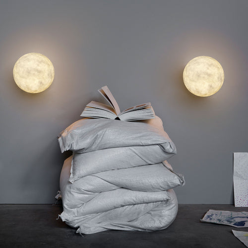 In-es.artdesign A Moon Wall Light
