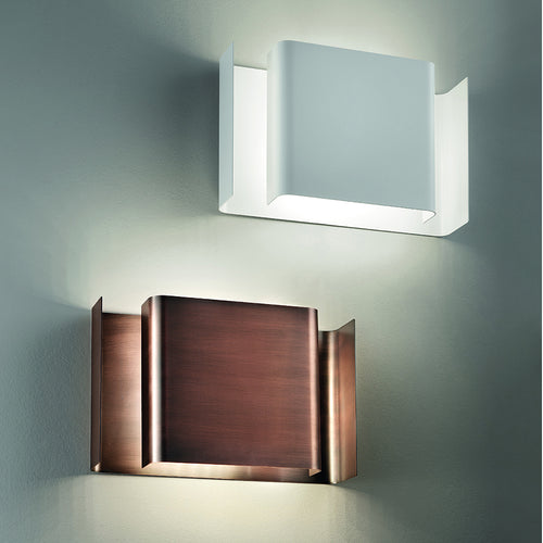 Alalunga LED Wall Light by Karboxx