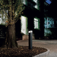 Tetragono 90 Outdoor Floor Lamp by Artemide