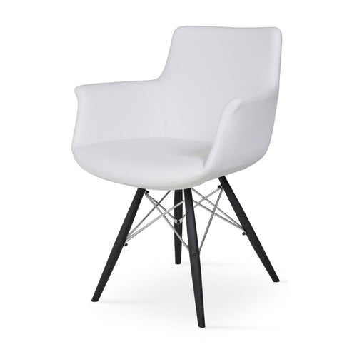 Bottega MW Armchair Leather by SohoConcept