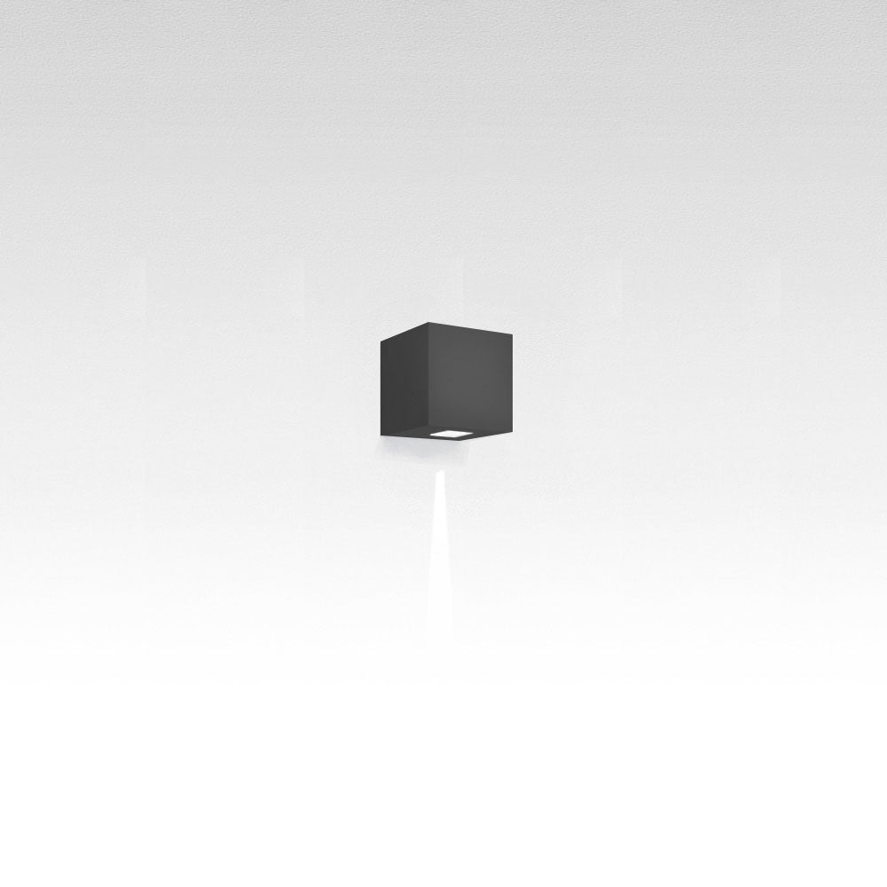 Effetto 14 Square 1 Narrow LED Wall Light by Artemide