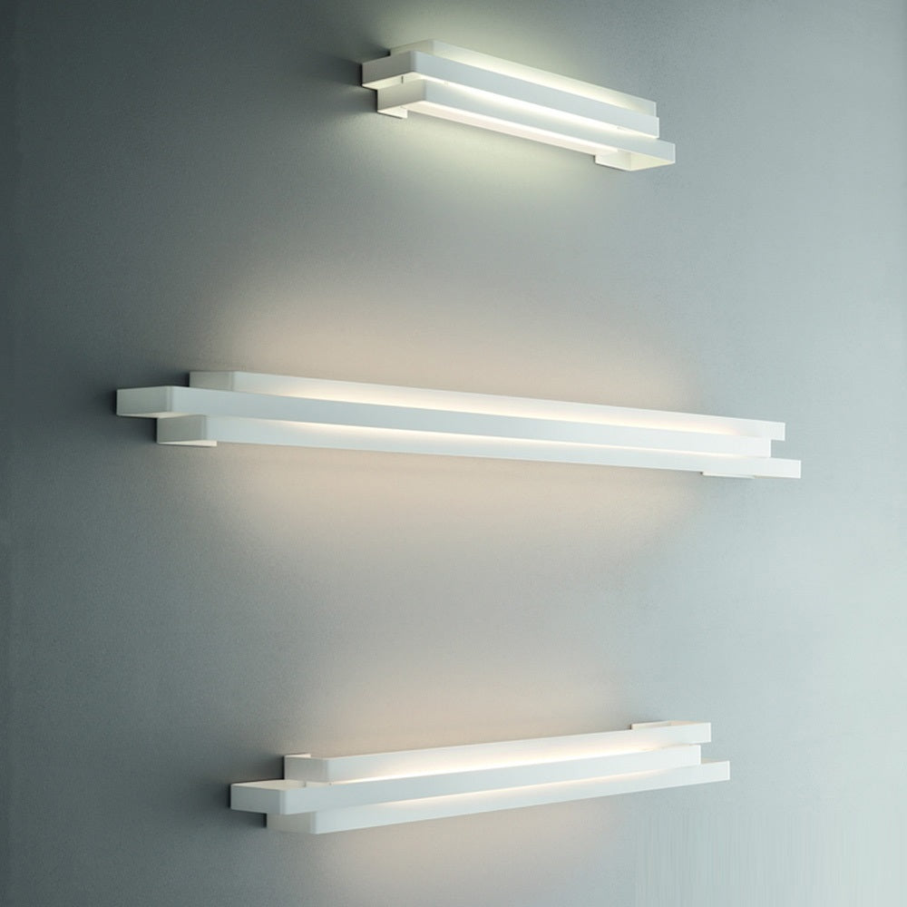 Escape 50 Wall Light by Karboxx