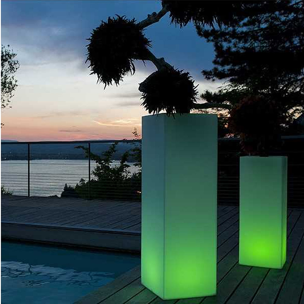 Mambo LED Cordless Planter by Smart & Green
