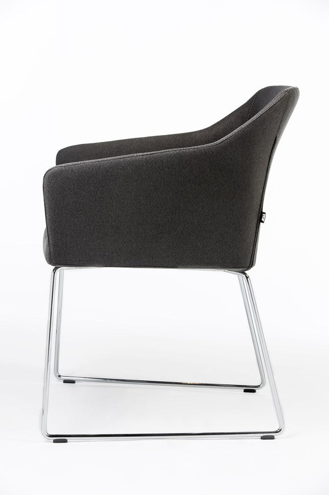 B&T Kets Wire Base Arm Chair | B&T | LoftModern