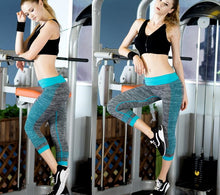 Laden Sie das Bild in den Galerie-Viewer, Capri Leggings grau meliert - my Sports Paradise