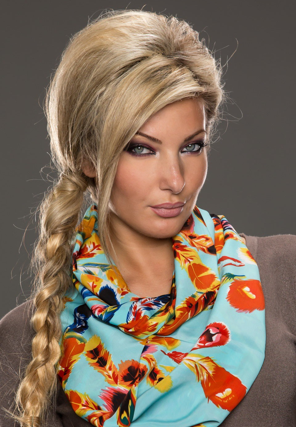 Tube - loop scarf with feather print - my sports paradise
