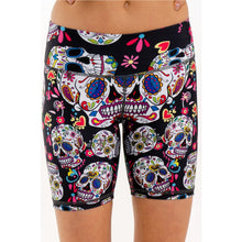 Laden Sie das Bild in den Galerie-Viewer, Bling Totenkopf  | Shorts - my Sports Paradise
