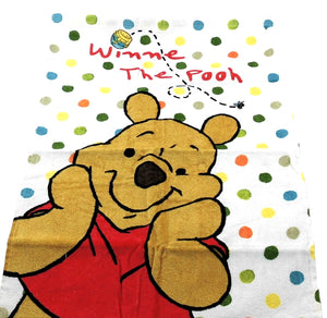 Towel Disney Winnie The Pooh dot motif 60cm x 40cm - my Sports Paradise