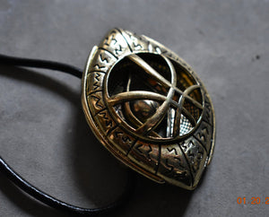 Dr Strange Eye of Agamotto Necklace! Marvel Doctor Strange's Cosplay Amulet Costume Medallion