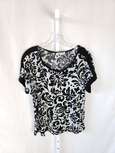 Carol Rose Short Sleeve Top
