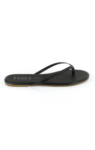 Tkees in matte leather in black