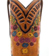 "Load image into Gallery viewer, Ready To Wear ""Secret Garden"" Fully Hand Carved ARDITTI original Handmade Boots. X5/8"" toe and 1.5"" heel. Size 8C"