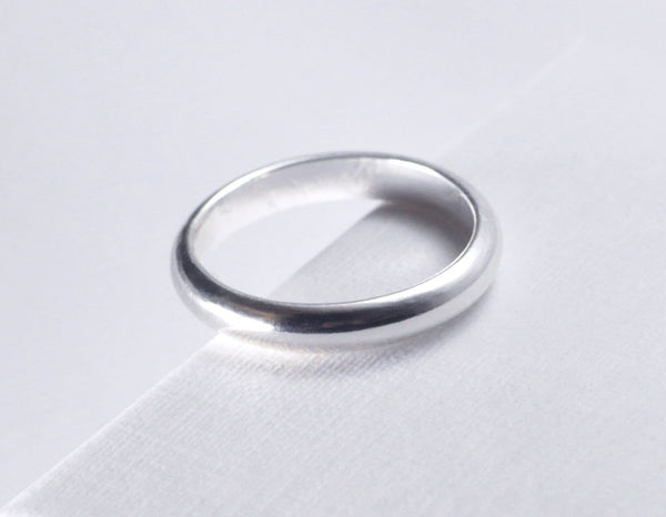 white gold ring for men and women, wedding band in 14 karat white gold