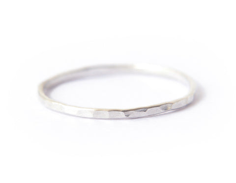 Signe ring - 1mm sterling