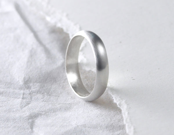 Cara 4 mm - 14K White Gold Ring