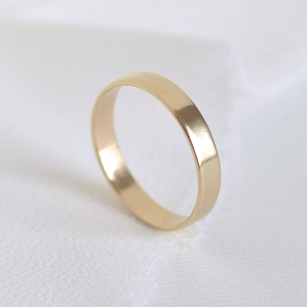 Aven 3 mm Smooth - 14K Yellow Gold Ring