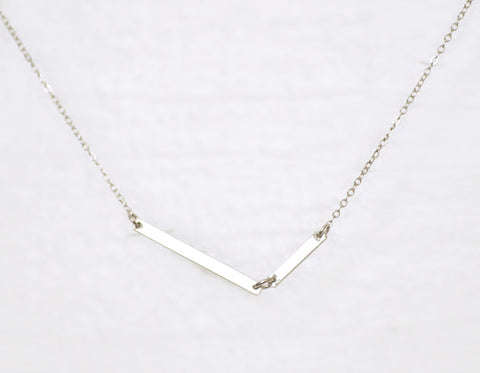 Diagon silver necklace