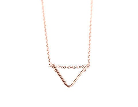 Tiny Chevron necklace - rose gold
